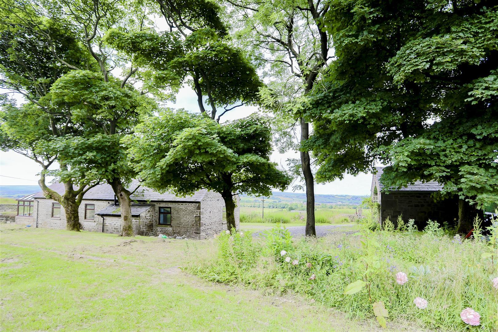2 Bedroom Barn Conversion For Sale - IMG_2429.jpg